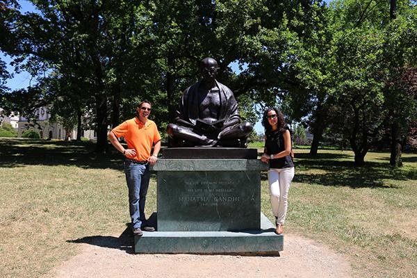 Escultura jardín Museo Ariana