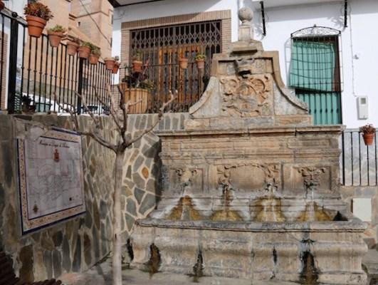 Pilar Plaza Mayor