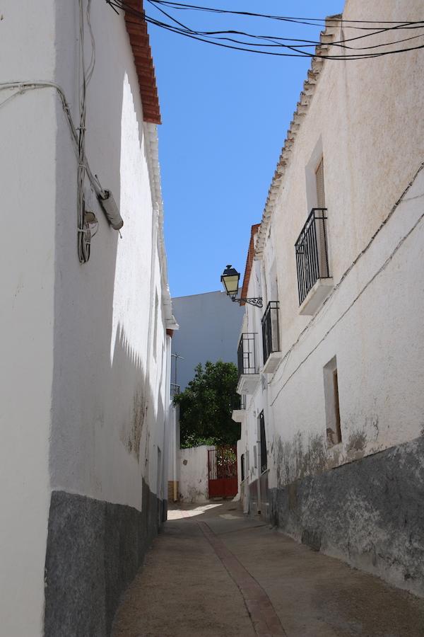 Callejuelas Alcolea-Andorreando por el Mundo