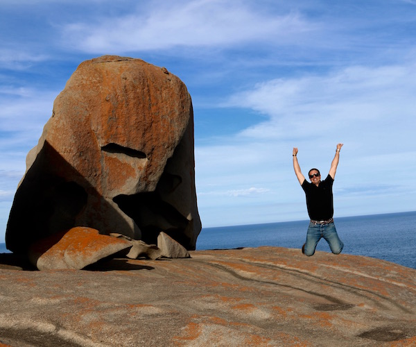 Jump Remarkable Rocks-Andorreando por el Mundo
