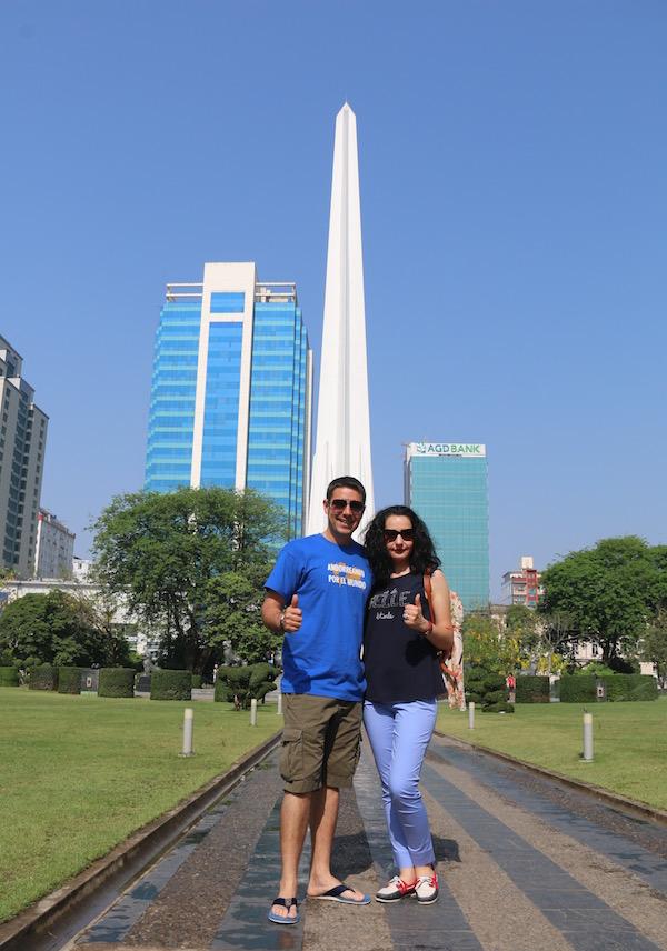Obelisco Parque Mahabandula-Andorreando por el Mundo