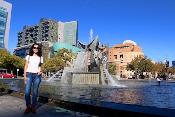 Plaza Victoria-Andorreando por el Mundo