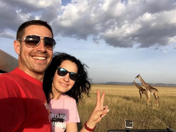 Selfi Jirafa Maasai Mara-Andorreando por el Mundo