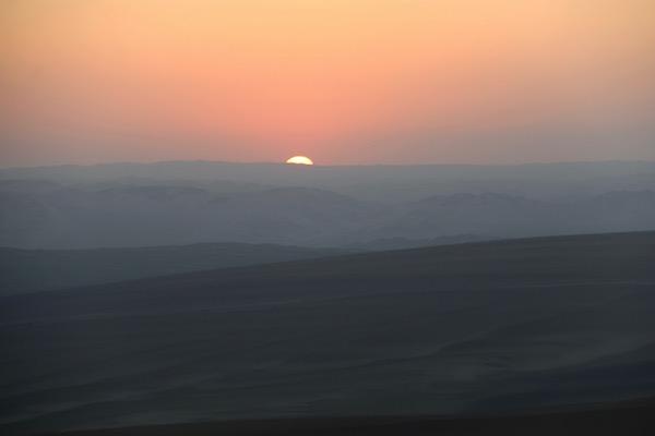 Atardecer Oasis Huacachina-Andorreando por el Mundo