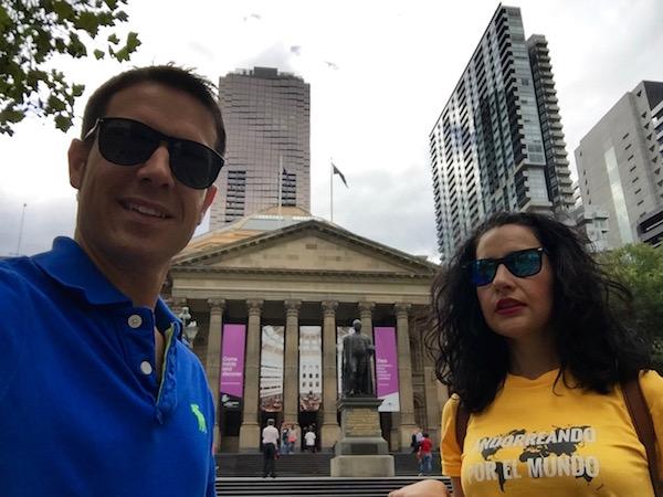 Biblioteca Melbourne-Andorreando por el Mundo
