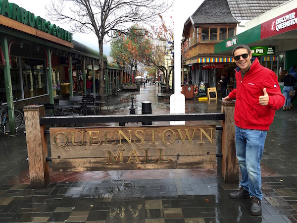 Queenstown Mall-Andorreando por el Mundo