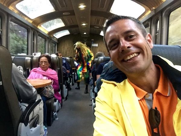 Tren Perurail