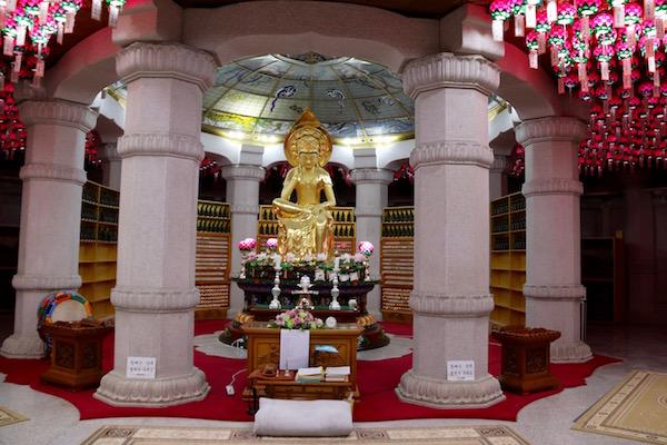 Templo Buda Maitreya