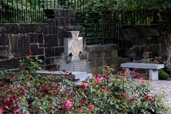 Tumba cementerio Victoriano