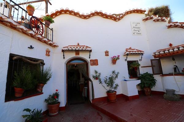 Casa Cueva José