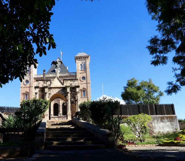 Palacio de la Reina (Rova)