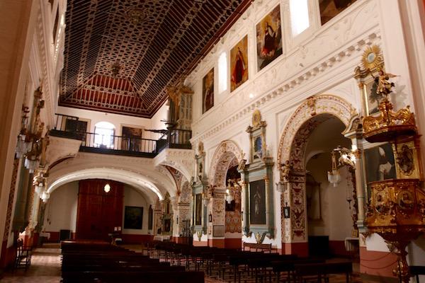 Interior Iglesia del Carmen.