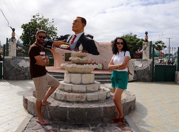 Monumento VC Bird