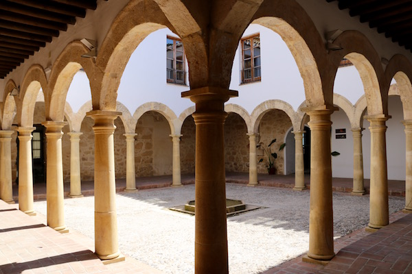 Claustro del Convento de San Antonio.