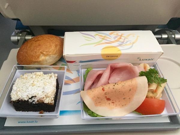 Comida Avión Luxair.