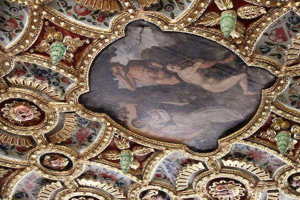 Pinturas en el techo de iglesia monasteriode San Francisco.