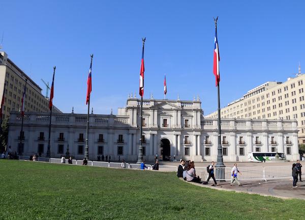 Plaza Palacio de la Moneda, Chile.