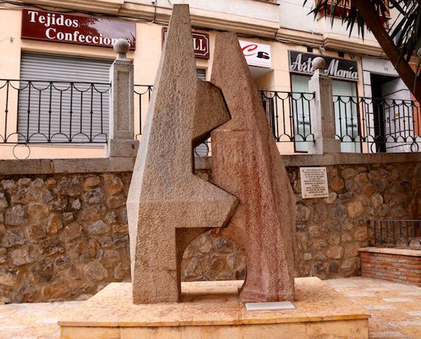Monumento al Quinto Centenario de la Conquista de la Ciudad de Loja.