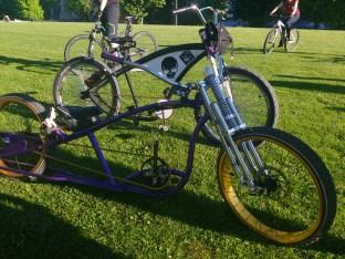 Chopper-Bikes mit quasi Bodenberührung