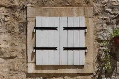Fenster in Budva (Montenegro)