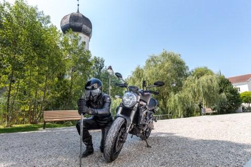 Ducati-Monster-Shooting-16