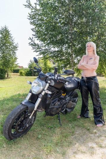 Ducati-Monster-Shooting-29