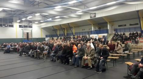 Einwohnerversammlung in Wünsdorf zu den Planungen einer Außenstelle der Erstaufnahme