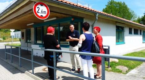 Unterwegs in Elbe-Elster: Besuch der Erstaufnahmeeinrichtung in Doberlug-Kirchhain, Gespräche und Sprechstunde