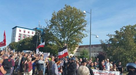 Nachgefragt: Fremdenfeindliche und neonazistische Aktivitäten in Brandenburg im 3. Quartal 2017