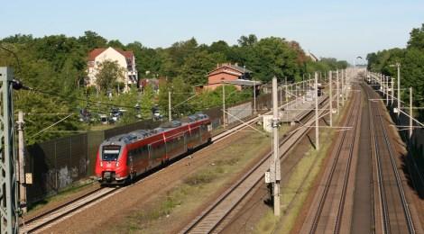 Pressemitteilung: Pendler*innen ermutigen, nicht abschrecken - Bus und Bahn müssen bezahlbar bleiben!