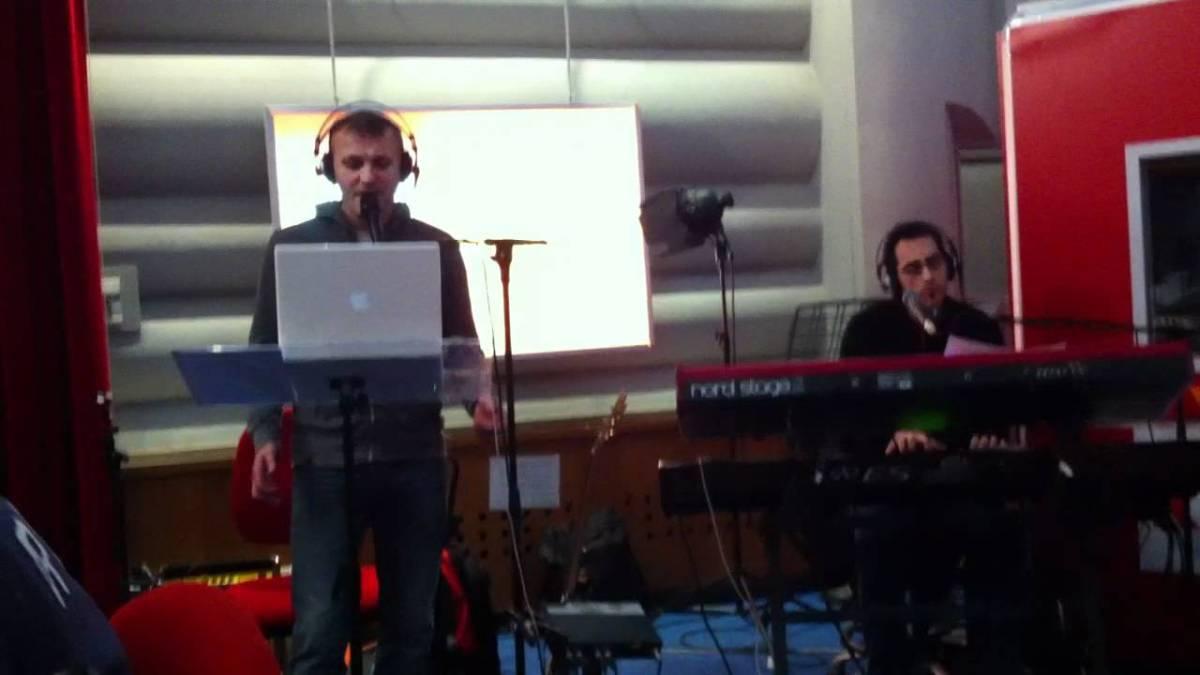 """""""Avrai"""" di Claudio Baglioni nella versione di Max Paiella (YouTube)"""