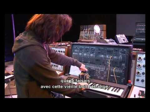 Legendary Instruments – Jean Michel Jarre (YouTube)