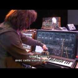 Legendary Instruments - Jean Michel Jarre (YouTube)