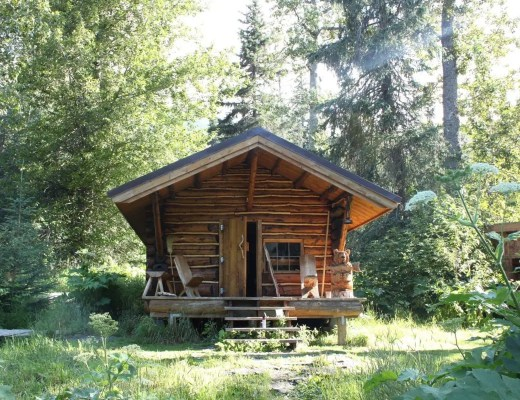 Upper Russian Lake Cabin Public Use Cabin in Alaska
