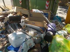 guistrigona rifiuti sulla strada (23)
