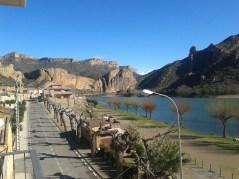 Lake of S. Llorenc de Montgai and cliffs