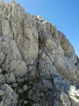 Tratto attrezzato scendendo dal Monte Slebe