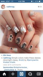 White and Black Flower Nail Art