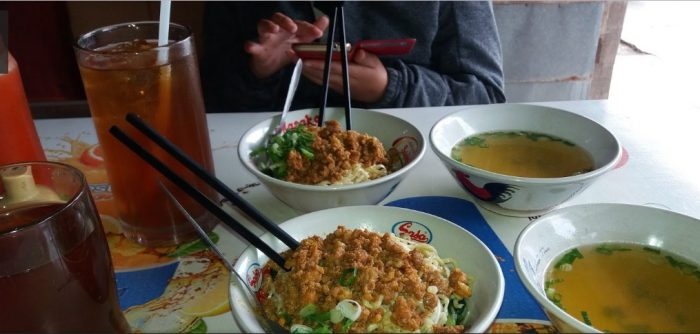 Mie Bakmi Paling Enak dan Lezat di Kota Tangerang