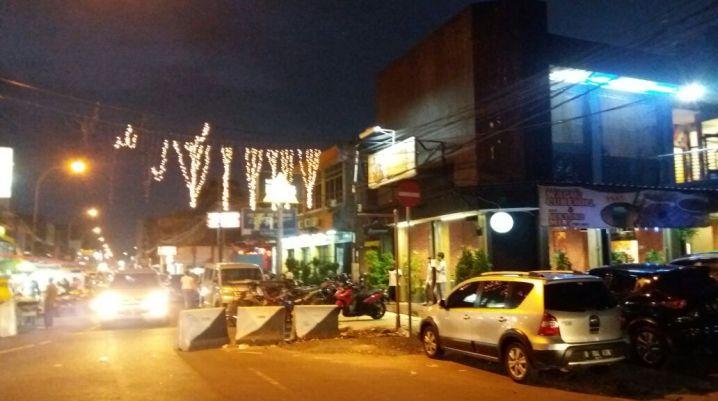 Jalan-Jalan di Pusat Kuliner Pasar Lama Tangerang
