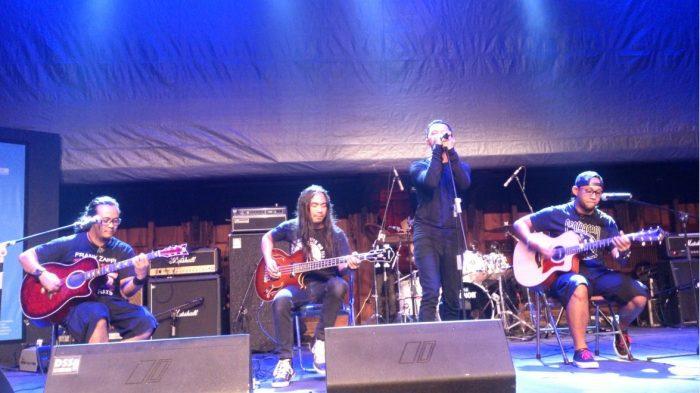 Konser Band Thrash Metal Burger Kill
