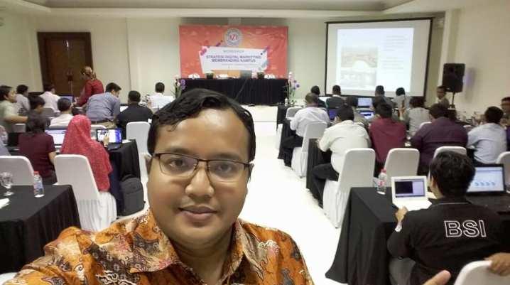 Pembicara Digital Marketing di Kampus BSI Bekasi