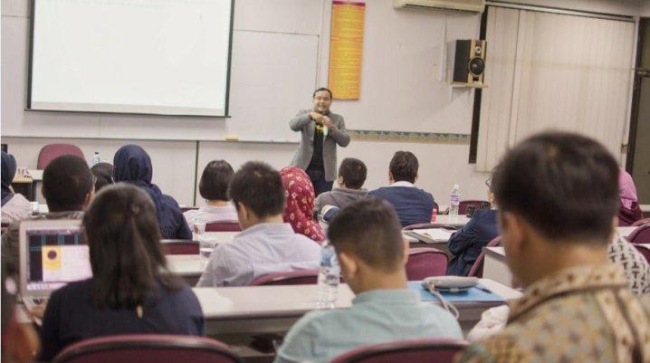Trainer Digital Marketing Terbaik di Malang