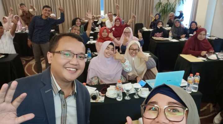 Seminar Digital Marketing Perusahaan Travel APM