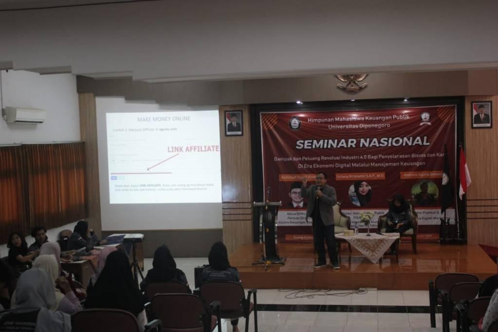 Pembicara Digital Marketing Universitas Diponegoro Semarang