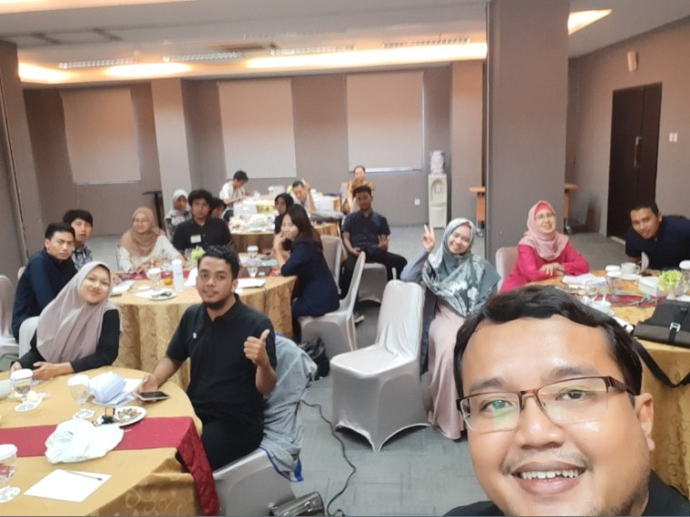 Trainer Seminar Digital Marketing untuk Asosiasi Innopa