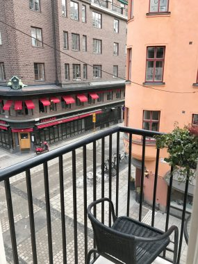 Hotelbalcony4