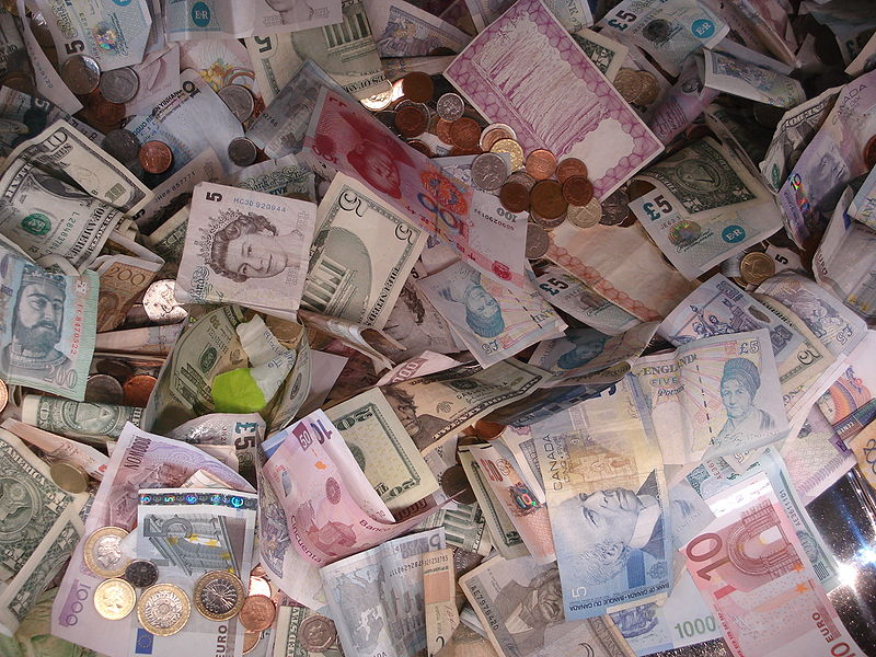 800px-Banknotes