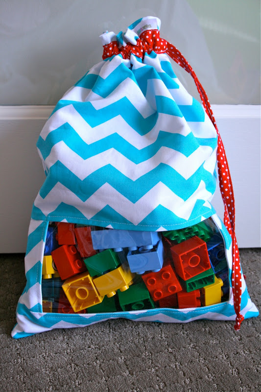 Sew a cute peekaboo toy sack