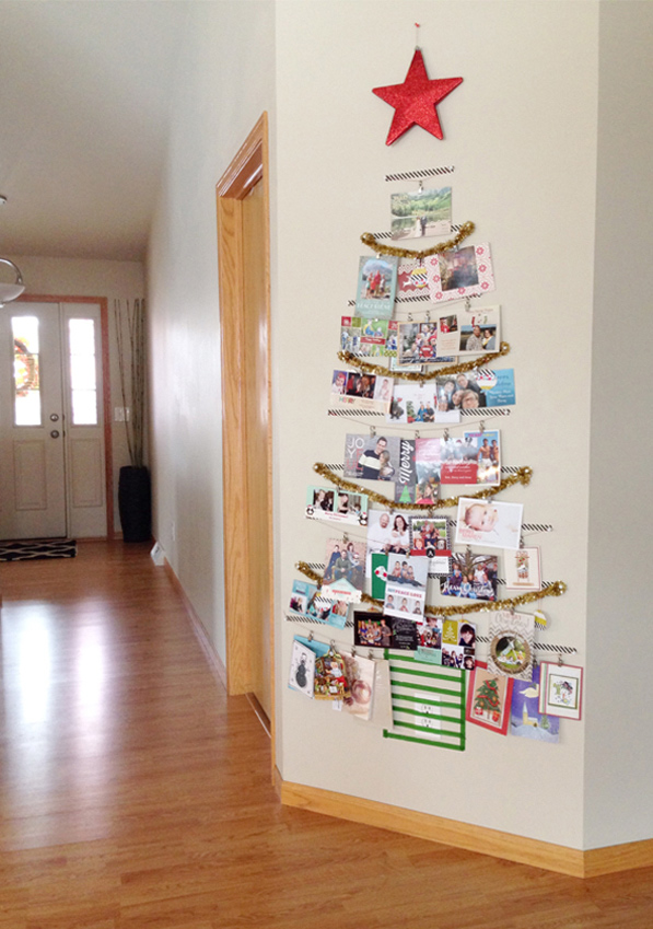 Great Christmas card display ideas!